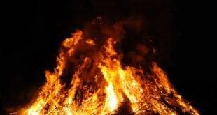 Traditionelles Osterfeuer bei den Ruhrpottbikern