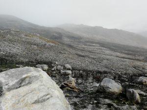 Auffahrt zum Groenlandberg im Regen